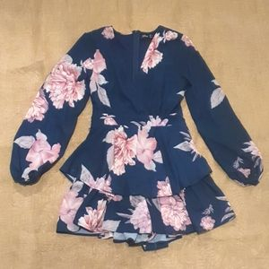 Size 10 Ally Jumpsuit floral romper long sleeve
